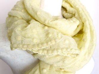 草木染ウール/絹プチドットストール(レモンイエロー)の画像