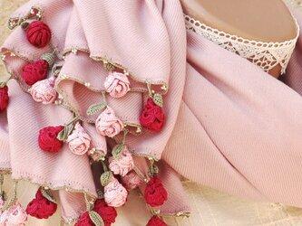 【受注製作】レースの薔薇付き パシュミナストール「ローズ/2辺」パウダーピンクの画像