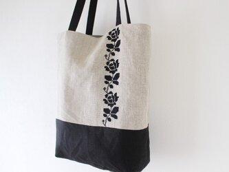 薔薇刺繍トートバッグ【黒】の画像