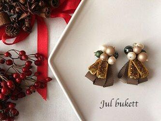 Jul bukett:クリスマスの花束(gk) - ピアスの画像