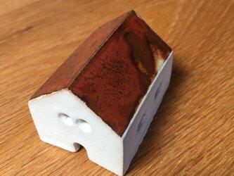 小さな家(鉄赤屋根)の画像
