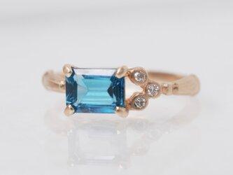 ロンドンブルートパーズ×ブーケダイヤモンドリング (No.1025)の画像