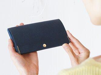 薄くて軽いスマート長財布・ネイビー(イタリア産牛革、経年変化あり) 薄い長財布で断捨離お財布ダイエット caducカデュックの画像