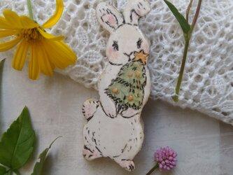 クリスマスツリーとウサギちゃんの画像