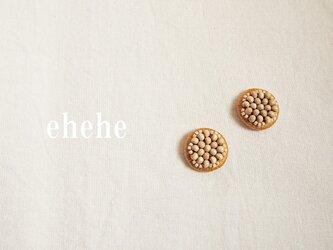 minori-caramel刺繍ピアスorイヤリングの画像
