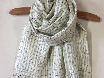 手紡ぎ糸・草木染めのストールの画像