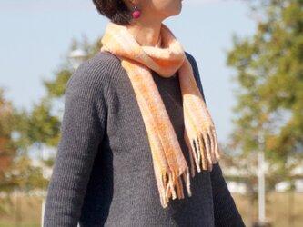 手紡ぎ・手織りのマフラー(オレンジチェック)の画像