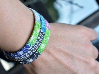 和風ブレスレット  鹿の子と花2  レザー 3連 Triple braceletの画像