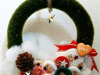 ボタンクリスマスリースの画像