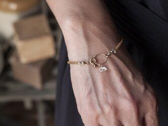 フランスヴィンテージゴールドビーズと水晶×リングのシンプルで上品なブレスレット(TJ10933)の画像