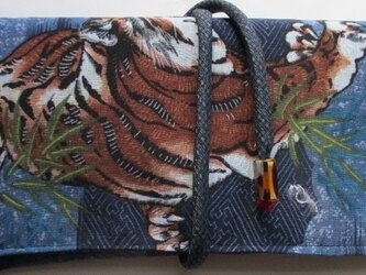 送料無料  藍大島紬とモスの長襦袢で作った和風財布・ポーチ 3134の画像
