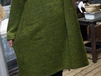 イタリア製杢グリーンニットハイネックワンピースの画像