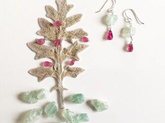 greenfluorite*ruby*pierceの画像