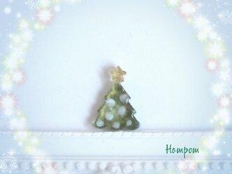 【送料無料】クリスマスツリーのピンブローチ クリスマスモチーフ ホムポムの画像