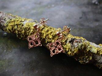 Tatting lace earringsの画像