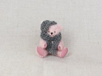 ミニチュアテディベア ピンク ニット帽・マフラーの画像
