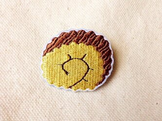刺繍ブローチ 「伊達巻き」の画像