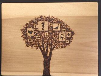 tree of memory(焼き板絵)の画像
