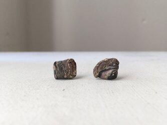 土の装身具 石Cの画像