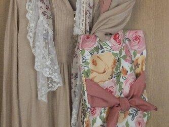 SOLD  薔薇とリボンのトートバッグの画像