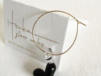 black heart -ガラスと14kgfの片耳フープピアス-の画像