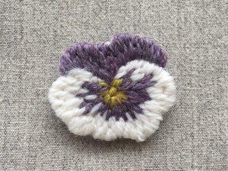 パンジー 白&紫*ブローチの画像