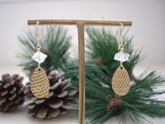 ハーキマーダイヤモンドとゴールドしずくのピアス (イヤリング) の画像