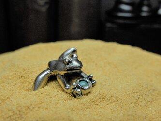 持ち蛙(ターコイズ)の画像