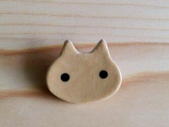猫ブローチ(茶トラ)の画像