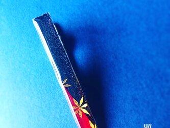 紅 御旗 -Kurenai Mihata-(ネクタイピン)【和柄アートアクセサリー】の画像