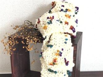 お花のマフラー #ホワイトの画像