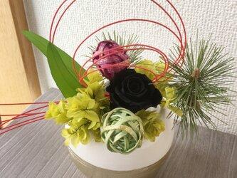 お正月アレンジ★KOMARIホワイト【プリザ+造花】の画像
