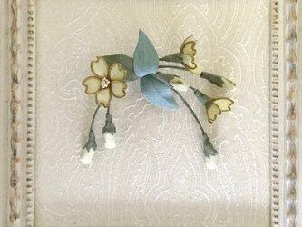 卒業式にお勧め・桜のコサージュ(結城紬クリーム)髪飾りにも288の画像
