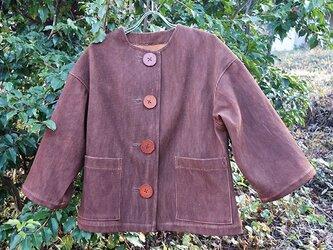 大きなボタンの柿渋染めレディース 柔道着 刺し子のジャケットの画像