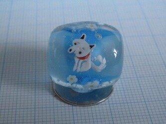 とんぼ玉 柴犬(白)の画像