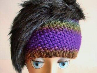 手編みとファーのニット帽<パープル×ブラック>の画像