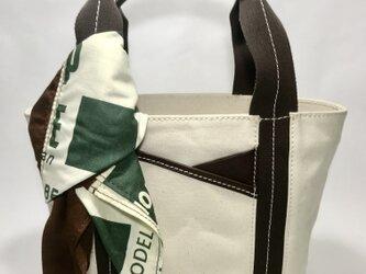 パラフィンキャンバス×本革 スカーフ(ブラウンxグリーン)ミニトートバッグ の画像