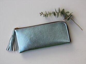 ゴートレザーのスリムな長財布 L字型 ライトブルーの画像