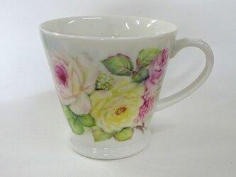 薔薇と小花のマグカップ(2)の画像