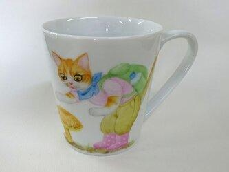アカヤマドリとねこのマグカップ(手描き)の画像