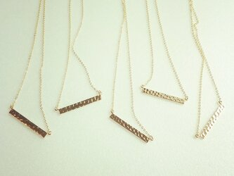gold bar necklaceの画像