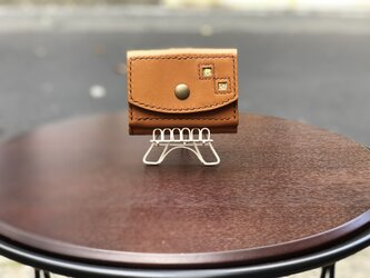 三つ折り財布 亀甲柄 キャメル色の画像