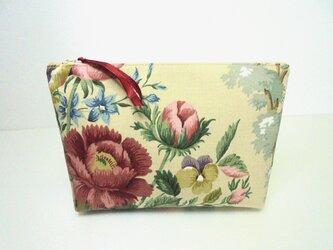 チャッツワースの花 ポーチの画像