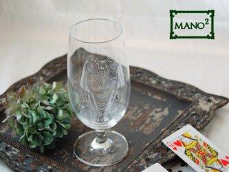 不思議の国公爵夫人のビールグラスの画像
