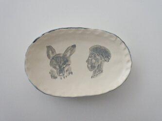 イラストフリル小皿の画像