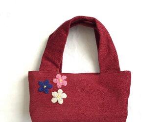 三色お花の刺繍バッグ(あか)の画像