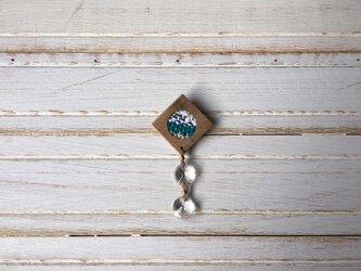 木と裂き織りのブローチ ひし形丸04の画像