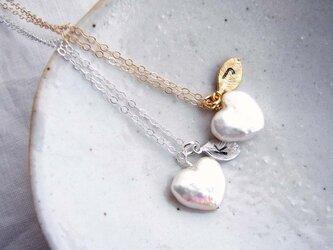 ハートのパールのネックレスの画像