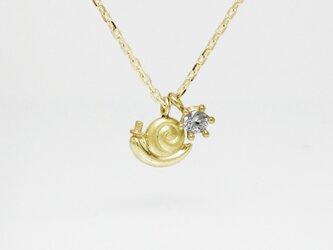 小さくて可愛らしいカタツムリのK18YGゴールドペンダント < carlo【カルロ】>の画像