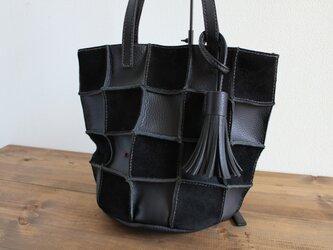手縫い Patchwork tote S (黒)の画像